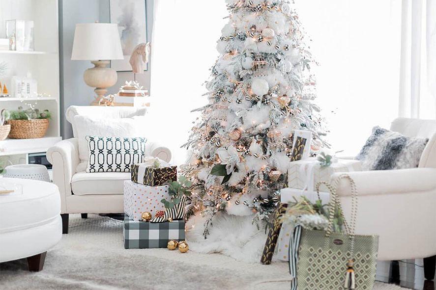 Белая елка в квартире